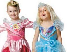 'Er Danmark klar til drenge i prinsessekjoler?', Kristeligt Dagblad
