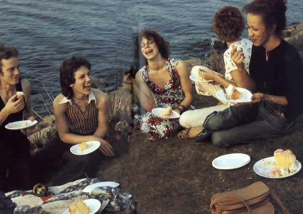 1-nan-goldin-picnic