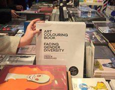 Køb bogen i Colette i Paris!
